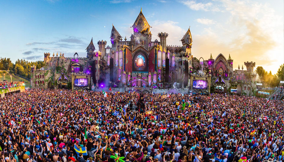 Tomorrowland top 10 music festivals